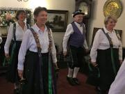 Kingsteignton---happy-dancers